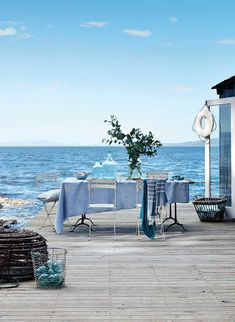 Both a family retreat and a guest house for hire, Summer House sits on its own private island off the coast of mainland Tasmania. Coastal Homes, Coastal Living, Azul Pantone, Beach Furniture, House By The Sea, Beach Shack, Beach Cottages, Beach Houses, Tasmania