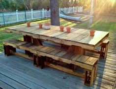 Pallet picnic table & benches