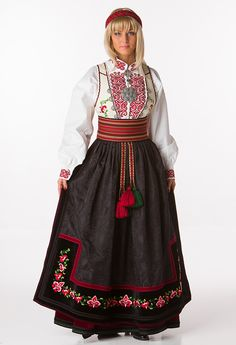 Beltestakk Folk Costume, Costumes, Scandinavian Fashion, Belly Dancers, Traditional Outfits, Vintage Photos, Norway, Bridal Dresses, Sd Card