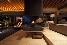 Modern Living Spaces // Minimal fireplace - House Maza / CHK arquitectura | photo by Yoshihiro Koitani