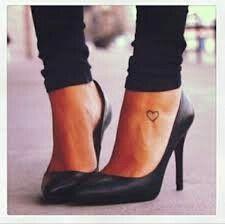 90 tattoo foot ideas - stay stylish in style - Herz tattoo - Tattoo Heart Foot Tattoos, Small Foot Tattoos, Small Tattoo Placement, Foot Tattoos For Women, Cool Small Tattoos, Trendy Tattoos, Love Tattoos, Stylish Tattoo, Cross Tattoos