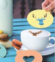 Hip coffe personnalise vos cafés et cappuccinos comme dans les cafés design ! Un cerf, un coeur ou une moustache, créez simplement votre forme avec un peu de cacao, de cannelle, de vanille... et bluffé vos amis !