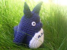 Totoro Azul Amigurumi : Totoro now with pattern crochet studio ghibli cute backpack