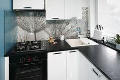 Znalezione obrazy dla zapytania kuchenka indukcyjna w kuchni obok ściany