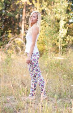 Wild Rose Country Yoga Leggings | Coyote Brand