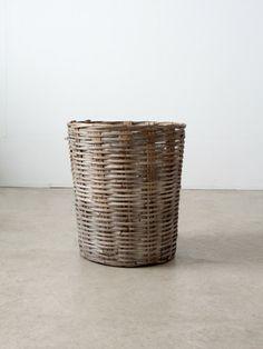 vintage large basket - 86 Vintage