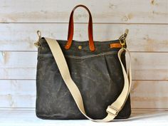 Unisex WAXED CANVAS Messenger bag // TOTE / Diaper by ikabags