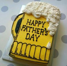 Father's day beer mug sheet cake … - Backen Happy Fathers Day Cake, Fathers Day Cupcakes, Cakes For Men, Cakes And More, Cake Cookies, Cupcake Cakes, Beer Mug Cake, Beer Cakes, Birthday Cake For Him