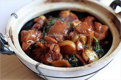 Three Cup Chicken Recipe | Chinese Recipes | Easy Asian Recipes at RasaMalaysia.com
