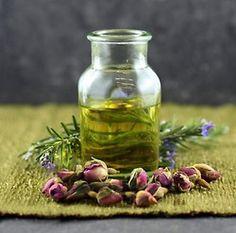 Essential Oils of #rose and #rosemary   http://www.aromatiqueessentials.com.au/item=8A8DB4FC2590133248B1E6C4A1BCA202