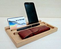 Wooden desk organize, catchall and docking station for iPhone and iPad, handcrafted in oak wood, valet tray for office and home