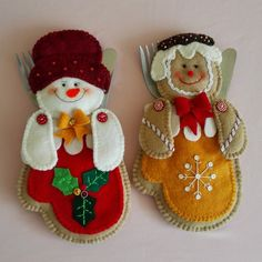 Snowman Christmas Decorations, Christmas Ornaments To Make, Felt Ornaments, Cute Crafts, Felt Crafts, Christmas Crafts, Christmas Clay, Christmas Sewing, Christmas Fabric