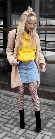 Yellow Letter Print Raglan Sleeve Drawstring Hooded Pocket Sweatshirt