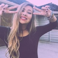 sarah baska isn't really a celeb but she is a popular youtuber and happens to be my fav✌