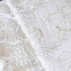 Pavo Etini Magnolia-Limited Edition Woven Wraps Database