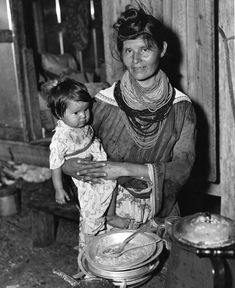 A Seminole Indian mother with her child at the Brighton Indian Reservation (1949).  | Florida Memory
