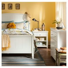 Edgerton Cottage Bedroom Collection