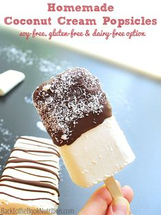 Recipe:  Coconut Cream Popsicles | http://dontwastethecrumbs.com/2014/08/recipe-coconut-cream-popsicles/