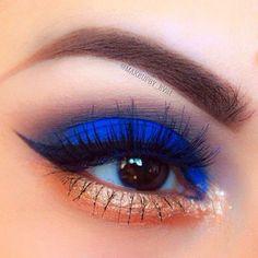 Electric Blue Eyeshadow