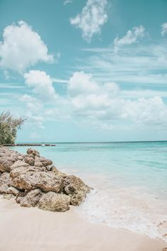 Where To Eat, Stay & Play in Barbados Summer Wallpaper, Beach Wallpaper, Iphone Wallpaper Tropical, Beach Pictures Wallpaper, Screen Wallpaper, Wallpaper Quotes, Beach Aesthetic, Travel Aesthetic, Aesthetic Backgrounds