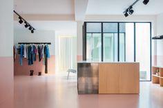 Boutique Step by Step par l'agence Dialect