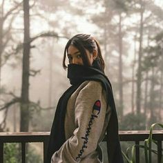 Cutie Naddie Thank you so much for ur amazing pics Nadine Lustre Instagram, Nadine Lustre Ootd, Nadine Lustre Fashion, Baguio Outfit, Cold Weather Outfits, Winter Outfits, James Reid Wallpaper, Lady Luster, Baguio City