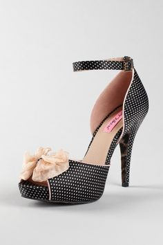 "Oli high heel bow sandal from Betsey Johnson at an awesome $54 on Hautelook.That thin ankle strap, 4.5"" heel (+.75"" platform), and peekaboo toe say ""Low carb,"" ""eliptical,"" and ""manicure."" But damn."