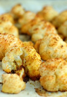 Roasted cauliflower with curry (in Polish). Simply Recipes, Side Recipes, Paleo Recipes, Healthy Dinner Recipes, Cooking Recipes, Paleo Food, Healthy Treats, Healthy Eating, Good Food