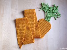 "Carrot scarf    From the book ""Twinkie Chan's Crochet Goodies for Fashion Foodies""."