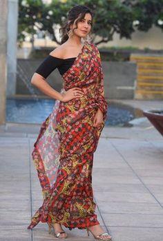 Raashi Khanna Saree photoshoot Looking very beautiful Indian Attire, Indian Wear, Bride Indian, Indian Style, Indian Girls, Indian Dresses, Indian Outfits, Indische Sarees, Saree Trends
