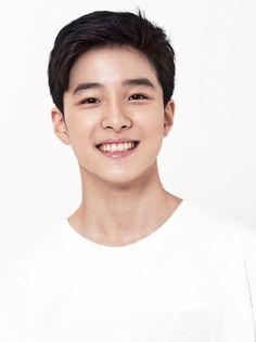 Biodata Nam Da-Reum lengkap (Updated) Handsome Actors, Handsome Boys, Korean Celebrities, Korean Actors, Johnny Orlando, Park Bogum, Mixed Asian, Moonlight Photography, Mixed Guys