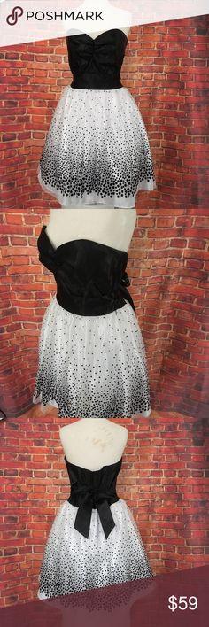 SALE 🔥Jessica McClintock Gunne Sax Black Dress 13 Jessica McClintock Gunne Sax Black White Dress 13 Jessica McClintock Dresses Mini