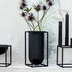 Both alone or combined with other objects from the Kubus series, the vase is an absolute eye-catcher in every room and already considered a design classic | #connox #beunique