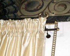 Tendaggio in seta con bastone forgiato a cera Mastro Raphael