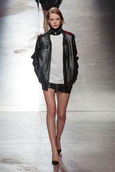 Défile Anthony Vaccarello prêt-à-porter automne-hiver 2014-2015, Paris #PFW #Fashionweek