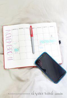 Já pensou em como fazer um bullet journal, mas não sabe exatamente o que ele é? Contei um puco sobre como o bullet journal funciona e como montar um layout que funcione para você no blog. Clique no link para saber mais! http://desancorando.com.br/2015/11/17/o-que-e-um-bullet-journal-e-como-adotar-esse-metodo/