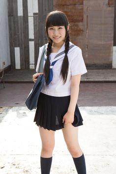 葉月彩菜 / Hazuki Ayana