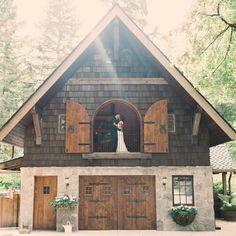 Whimsical wedding venue idea - barn venue in Washington {Mle Jayne Photography}