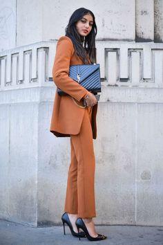 Melanie Darmon: Street Style at Paris Fashion Week Spring 2016 Fashion Week Paris, Fashion Weeks, Fashion 2018, Office Fashion, Work Fashion, Trendy Fashion, Womens Fashion, Style Fashion, Business Mode