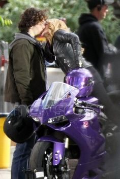 Dave Lizewski and Mindy McCready - Kick-Ass 2 Biker Boys, Biker Girl, Picsart, Matthew Vaughn, Freaks And Geeks, Hero Movie, Teen Actresses, Chloe Grace Moretz, All Things Purple