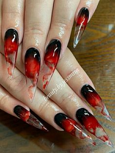 Best Halloween Nail Ideas in 2019 Bloody Halloween Stiletto Nails Goth Nails, Swag Nails, My Nails, Goth Nail Art, Red Stiletto Nails, Grunge Nails, Goth Art, Halloween Press On Nails, Candy Corn Nails
