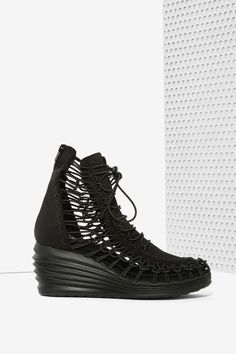 JC Play by Jeffrey Campbell Solaris Bungee Platform Sneaker | Shop Shoes at Nasty Gal!