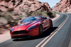 Aston Martin V12 Vantage Roadster Lead Full