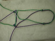 How to make a Dr. Cook type bitless bridle out of rope! I have been look for a good tutorial like this for forever!