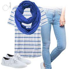 Cute Tshirt Outfit -  http://cutesportsfan.com/toronto-blue-jays-ball-girl/