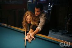 """""""Dare Devil"""" -- (L-R) Blake Lively as Serena and Penn Badgley as Dan Humphrey star in GOSSIP GIRL on The CW. Photo: Patrick Harbron/The CW © 2007 The CW Network, LLC. All Rights Reserved"""