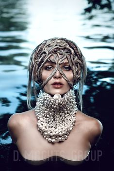 Amazing avant-garde haïr collection 2016– D. Machts Group. Grey hair & styling, art & fashion, headpieces, water photoshooting, beauty make-up, macramé, hair look & trend 2016, magazine cover.