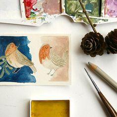 La mattinata è cominciata con una battaglia di trapani. Spero che i lavori dei vicini finiscano presto, nel frattempo l'unica soluzione che posso trovare è quella di immaginarmi che siano amabili cinguetii!  #illustration #watercolor #nature #bird #robin