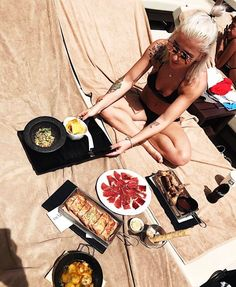 #REGRAM  @josefinlustig #weloveyourlook #AmareMarbella #marbella #whatafeeling #mediterranean #marbellahotel #hotellife #amarebeach #spanishfood  #tapas #amareguest