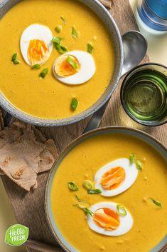 Vegan Pumpkin Soup, Creamy Pumpkin Soup, Healthy Soup, Healthy Recipes, Homemade Stir Fry, Lunch Restaurants, Spiced Cauliflower, Veggie Stir Fry, Sweet Potato Soup